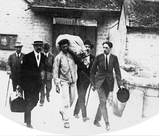 André Marty à sa sortie de la prison de Claivaux en juille 1923- Photo CHS